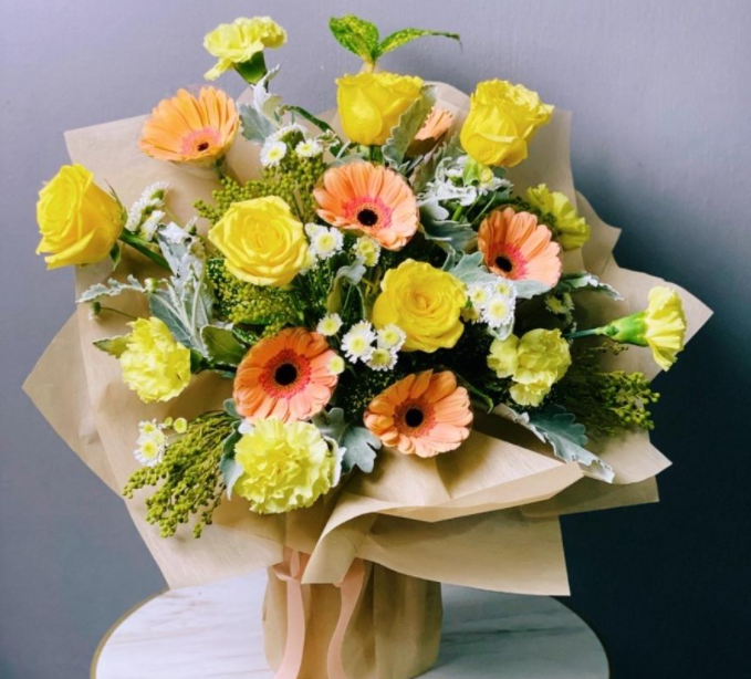Mother's Day Flower, Gerbera and Carnation Bouquet 4